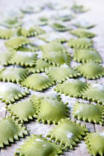 Ravioli verde (равиоли верде со шпинатом и рикоттой)